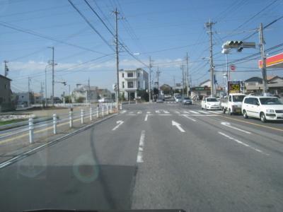 交差点を左折です。