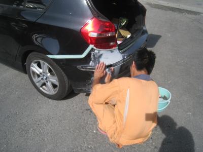 BMWの鈑金塗装  半田のお客様