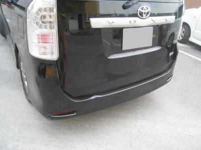 トヨタ、ヴォクシーの板金塗装修理 (碧南市からご来店)