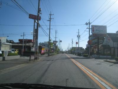 碧南警察署前を通過します。